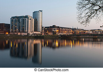 Limerick at night - stunning nightscene with Riverpoint...