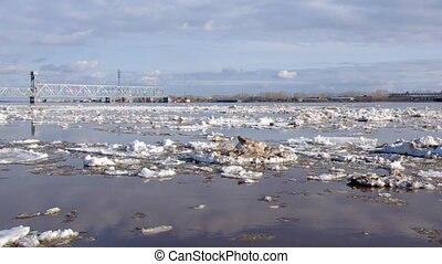 Ice drift river port