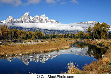 Grand Tetons Mountian Range - Grand Tetons National Park...