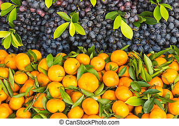 Fresh orange and grape fruit in the market
