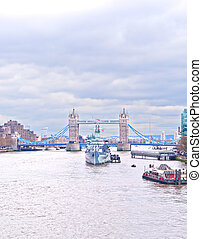 river thames - scenic view on the thames overlooking boats...