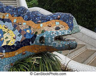 Lizard Fountain, park Guell, Barcelona, Spain