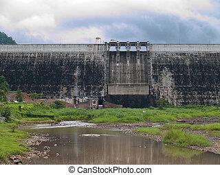 Khun Dan Prakan Chon Dam - Front of Khun Dan Prakan Chon...