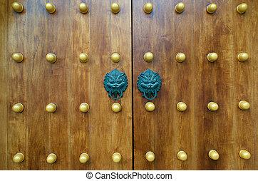 Dragon Gate Door - Dragon Door Handle at Jing An Temple...