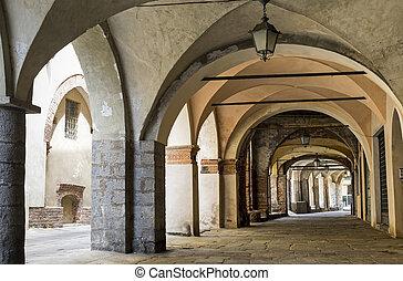 Piazzo di Biella, portico - Piazzo (Biella, Piedmont, Italy)...
