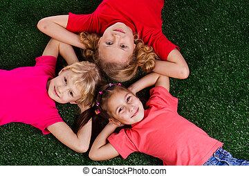 Gruppe, Kinder, glücklich