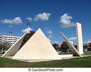 Tel Hashomer Geometry 2009 - Geometry sculpture in Tel...
