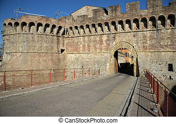 Porta Nova (Colle di Valdelsa) - A beautiful medieval...
