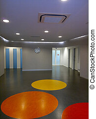 Waiting room - Floor with circles in a waitng room