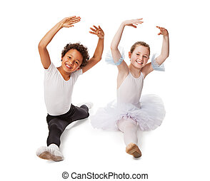 interracial, niños, bailando, juntos