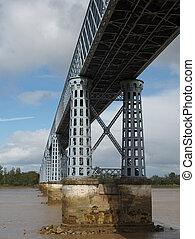 Eiffel bridge over the Dordogne river, Saint Vincent de...