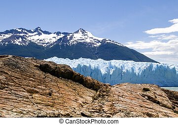 rock and ice of Argentina - rock and ice, the glacier Perito...