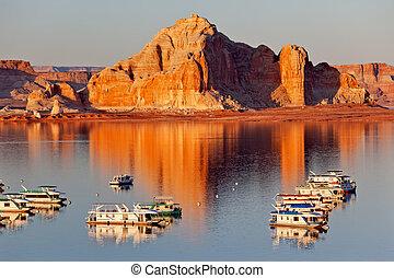 Castle Rock Reflection Wahweap Bay Marina House Boats Lake Powell Glen Canyon Recreation Area Arizona