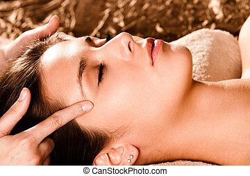 face massage - acupressure face massage