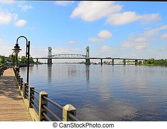 Memorial Bridge Wilmington, NC - Memorial bridge crossing...