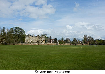 Oxford college - Oxford Christ Church college surrounded by...