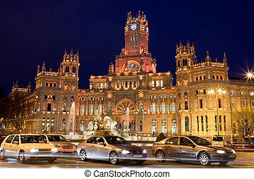 Palacio de Comunicaciones on Plaza de Cibeles - Palacio de...