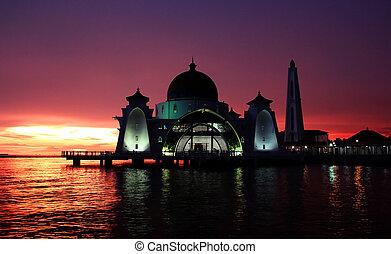 Melaka straits mosque - View melaka straits mosque at sunset