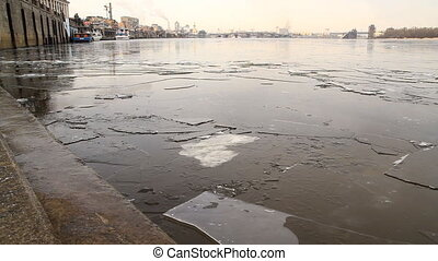 Ice drift on Dnepr, Kyiv