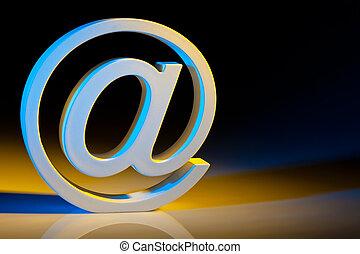 E-mail, caráteres, Online, comunicações