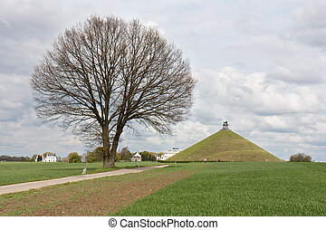 Statue Lions Mound at battlefield of Waterloo, Belgium -...