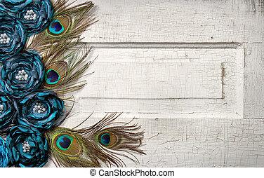 Pavo real, plumas, flores, vendimia, puerta