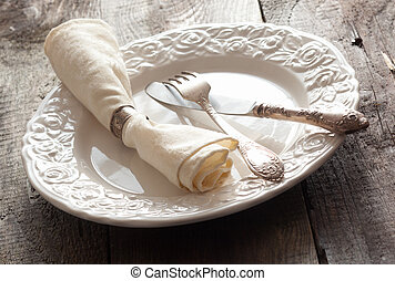White rose patterned table setting