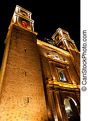 Church at night on Plaza Mayor in Valladolid Mexico -...