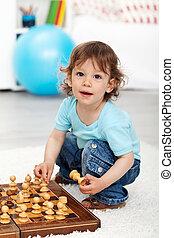Menino, pequeno, pedaços, xadrez, adorável, tocando