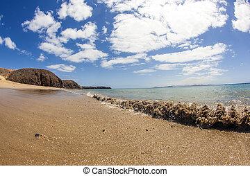 beautiful papagayo beaches - beautiful empty papagayo...