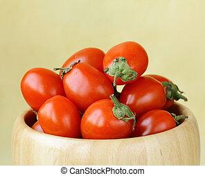 small cherry tomatoes