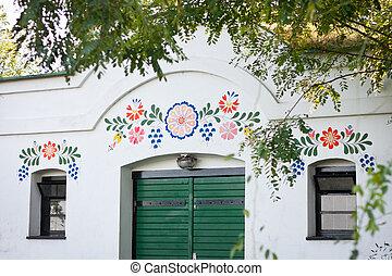 closeup, colorfully, décoré, devant, mur, une, peu, vin,...