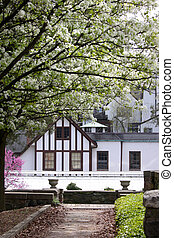 Historic Cran brrok house - Spring in historic Cran brook...