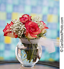 Red blended with White Roses - Lively red and white roses...