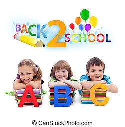 espalda, escuela, -, niños, Libros, Cartas