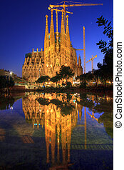 La Sagrada Familia, Barcelona, Spain. - Amazing Image of the...