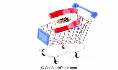 Single toy jaw is in the shopping cart, composition rotates