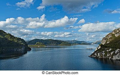 Damming of the Gordon Dam, Tasmania - Damming of the Gordon...