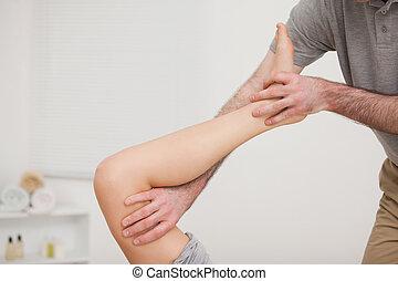 perna, sendo, esticado, doutor