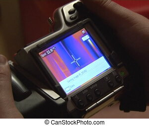 windows quality check - thermal imaging cameras. walls and...