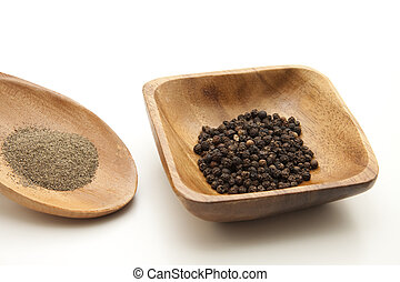 Pepper grains and powders