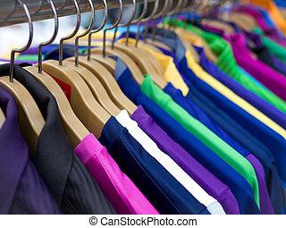 roupas, cabides