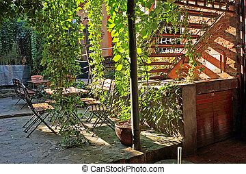 Green restaurant, exterior