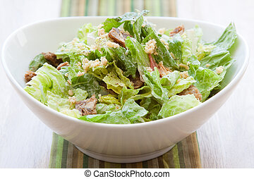 Vegan Caesar Salad - Vegan Caesar salad made with crisp...