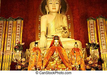 Buddha statuue - Buddha statue in Jingan temple in Shanghai,...