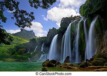 Ban Gioc Waterfall Cao Bang, Viet Nam