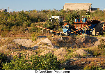 sand-pit - Machine for crushing and grinding stones of...