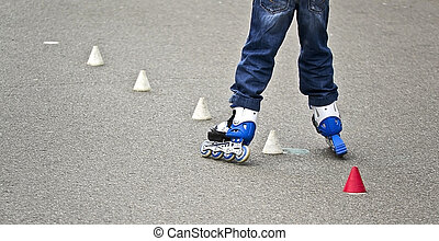 child learn to roller skate