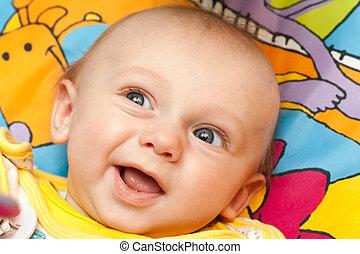 Feliz, bebê, mentiras, costas