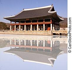 Gyeonghoeru Pavilion and reflect pond